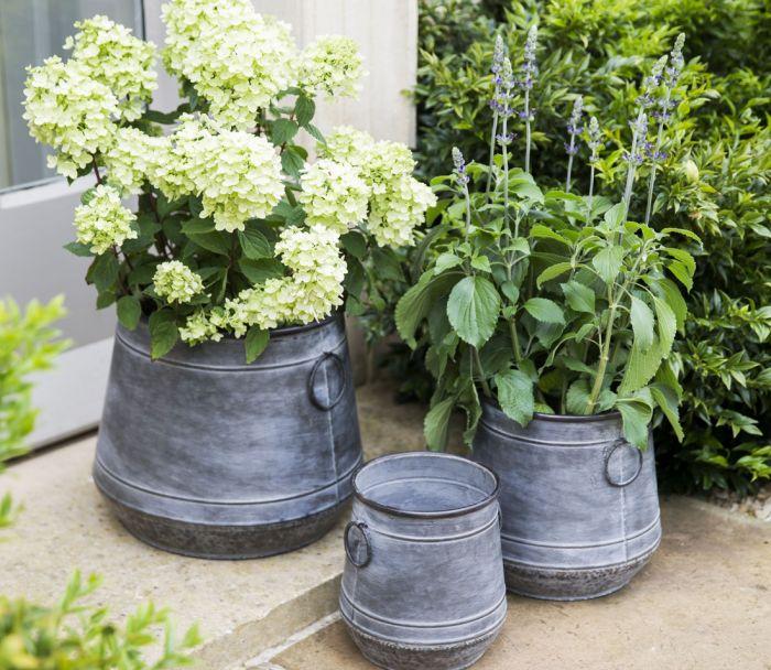 Chadlington Planters