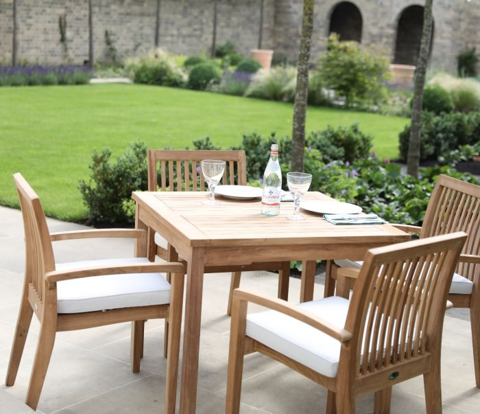 Henley Garden table