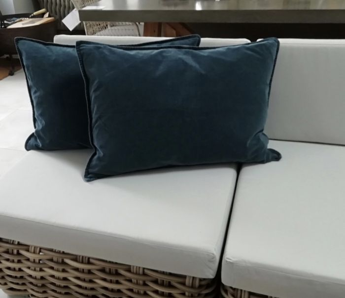 Scatter Cushion - (Rectangle) Navy Velvet