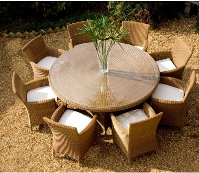 Barcelona Round Wicker Table Set