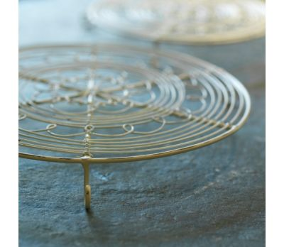 Distressed White Trivet (Small/Large)