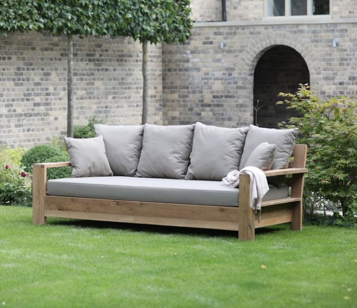 teak outdoor daybed