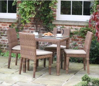 Evelyn Wicker 4-Seater Table Set